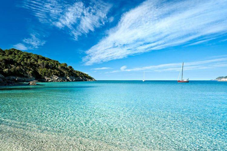 Isola-dElba_spiaggia3-1024x597
